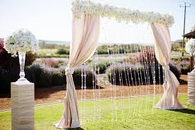 wedding backdrop on a budget 10 gorgeous wedding ceremony backdrops for any budget