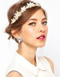 quinceañera hairstyles comb your path from woman