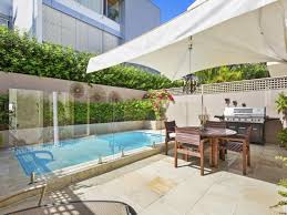 beach house ls shades real estate property for rent in main beach qld 4217 page 1