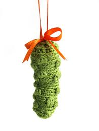 ravelry pickle ornament pattern by stacey trock
