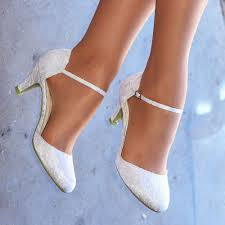 wedding shoes size 9 white ivory lace embellished low heel ankle wedding
