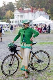 the cyclechic blog cyclechic 634 best fashionista u0027s en fietsen images on pinterest cycle chic