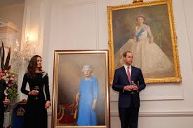 Queen Elizabeth Ii House by Queen U0027s New Portrait Is Unveiled To Mark 90th Birthday