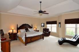 Master Bedroom Ceiling Fans by Decorations Classic Master Bedroom With White Vaulted Ceiling
