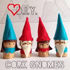 cork ornaments upcycle that