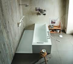 moderne badezimmer mit dusche und badewanne dusche oder badewanne tipps für den badezimmer umbau homegate ch