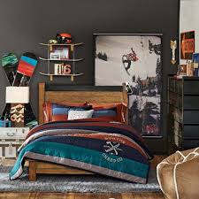 Dorm Room Decor Ideas For Your Bare Walls Dorm Room Room Decor