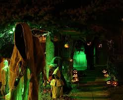 Scary Halloween Decorations Make At Home by Scary Halloween Decorations Haunted House Scary Halloween