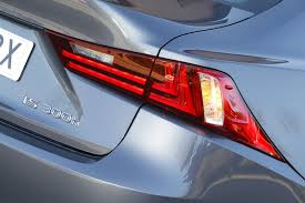 lexus nx 300h executive tecno lexus is 300h hybrid drive la alternativa