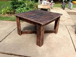 Diy Pallet Wood Distressed Table Computer Desk 101 Pallets by 229 Best Pallet Wood Tables Images On Pinterest Tables Diy And