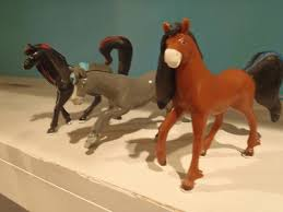 3 horseland thinkway toy collectible horses scarlet aztec pepper