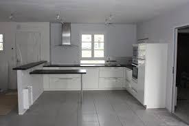 cuisine sol gris idee faience cuisine blanc sol gris gorge galerie chemin e at