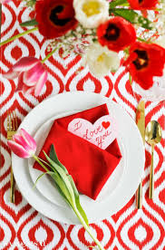 Valentine S Day Table Decorations by 174 Best Napkin Folding Images On Pinterest Folding Napkins