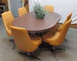 harvest dining room tables chromcraft dining room furniture harvest gold chromcraft vintage