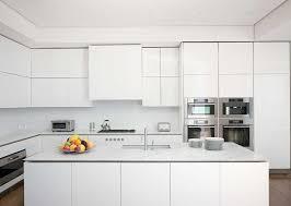 plan de travail cuisine blanche plan de travail en marbre comment en décorer sa cuisine