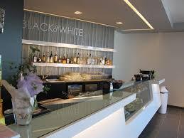 Modern Coffee Shop Interior Design And Bar Furniture Decoracion - Modern cafe interior design