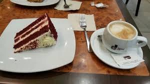 cuisine cappuccino velvet cake e cappuccino picture of 8 caffe