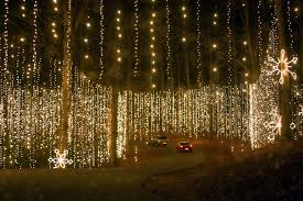 the most extravagant christmas light displays in the world