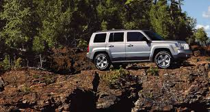 dark brown jeep 10 reasons why we love the 2016 jeep patriot