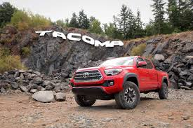 toyota makes 2016 toyota tacoma review autoguide com news