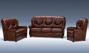 Leather Sofa In Living Room by Dallas Classic Italian Living Room Furniture