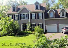 House Colors Exterior Exterior Paint Colors That Look Good With A Grey Roof Exterior