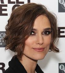 hairstyles for women with square jaw line 50 best hairstyles for square faces rounding the angles wavy