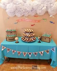 Baby Shower Centerpiece Ideas For Boys by Best 25 Travel Baby Showers Ideas On Pinterest Baggage Claim