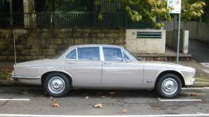 aussie old parked cars 1972 jaguar xj6 series 1