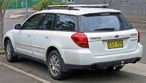 white subaru outback outback 2 5 at