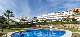 apartments for sale in selwo marbella estates