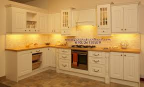 Chocolate Glaze Kitchen Cabinets Model Dan Desain Kitchen Set Minimalis Permeter Kabinat Top Bawah