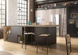 des cuisines en bois stunning cuisine noir mat et bois contemporary design trends