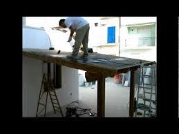 montaggio tettoia in legno tettoia in costruzione