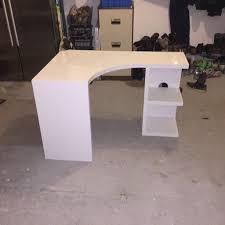next white corner desk posot class