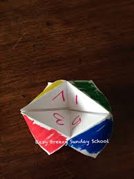 what to write on a paper fortune teller easy breezy sunday school prayer fortune teller when it comes to play one person puts the fortune teller on his her fingers and moves it back and forth while a second person picks colors and numbers