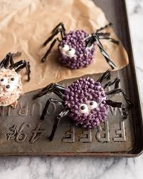spooky spider marshmallows are a perfect halloween treat