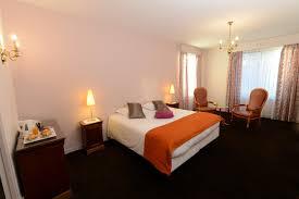 chambre king size comfort space room hotel de la marine herblain
