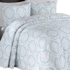 Quilted Bedspread King Bedroom Make Your Bedroom More Lovely With Matelasse Bedspreads