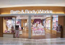bath works international plaza and bay