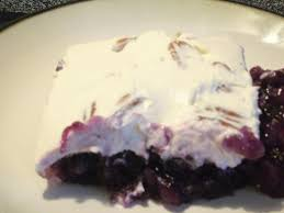 paula deen blueberry salad mix together 2 3 oz grape gelatin mix 2