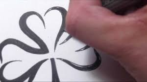 drawing a simple 3 leaf clover tribal tattoo design style youtube