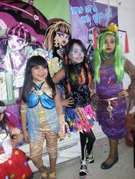 Robecca Steam Halloween Costume Monster Party Venus Mcflytrap Monster Face Paint