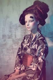 Geisha Hairstyles Ethereal Fairy Photography Geisha Kimonos And Japan