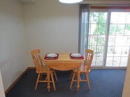 1 Bedroom Apartments Champaign Il 2 Bedroom Apartment 604 1 2 W Elm St Urbana Il Hunsinger