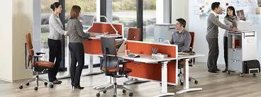 bureau assis debout 12 modèles de bureaux pour travailler debout mode s d emploi