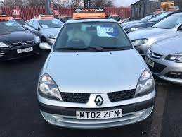 renault clio 2002 sedan used renault clio hatchback 1 4 expression 5dr in widnes