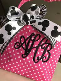 minnie mouse easter baskets personalized easter basket minnie mouse