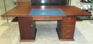ancien bureau bureau ancien dessus cuir bureau bureau veritas fort lauderdale