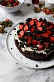 best 25 strawberry whipped cream cake ideas on pinterest